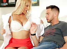 Paul (Seth Gamble) has always had a thing for his Mom's friend Diane (Alexis Fawx).  He goes to her house...
