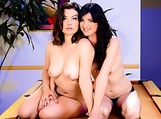 Curvy brunette Sovereign Syre tries to please statuesque TS brunette Mandy Mitchell, Sovereign sucks Mandy's...